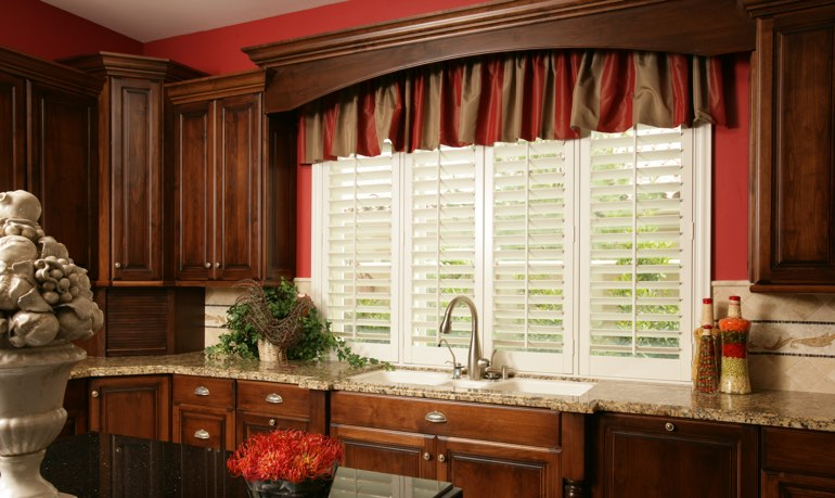 Tampa kitchen shutter and cornice valance