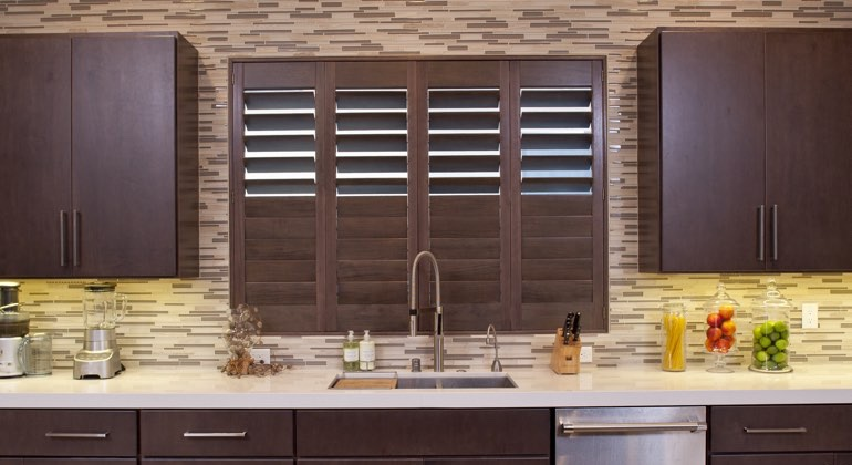Tampa cafe kitchen shutters