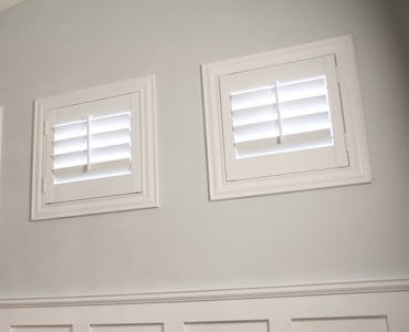 Tampa casement window