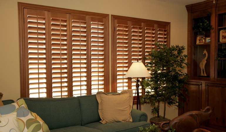 How To Clean Wood Shutters In Tampa, FL